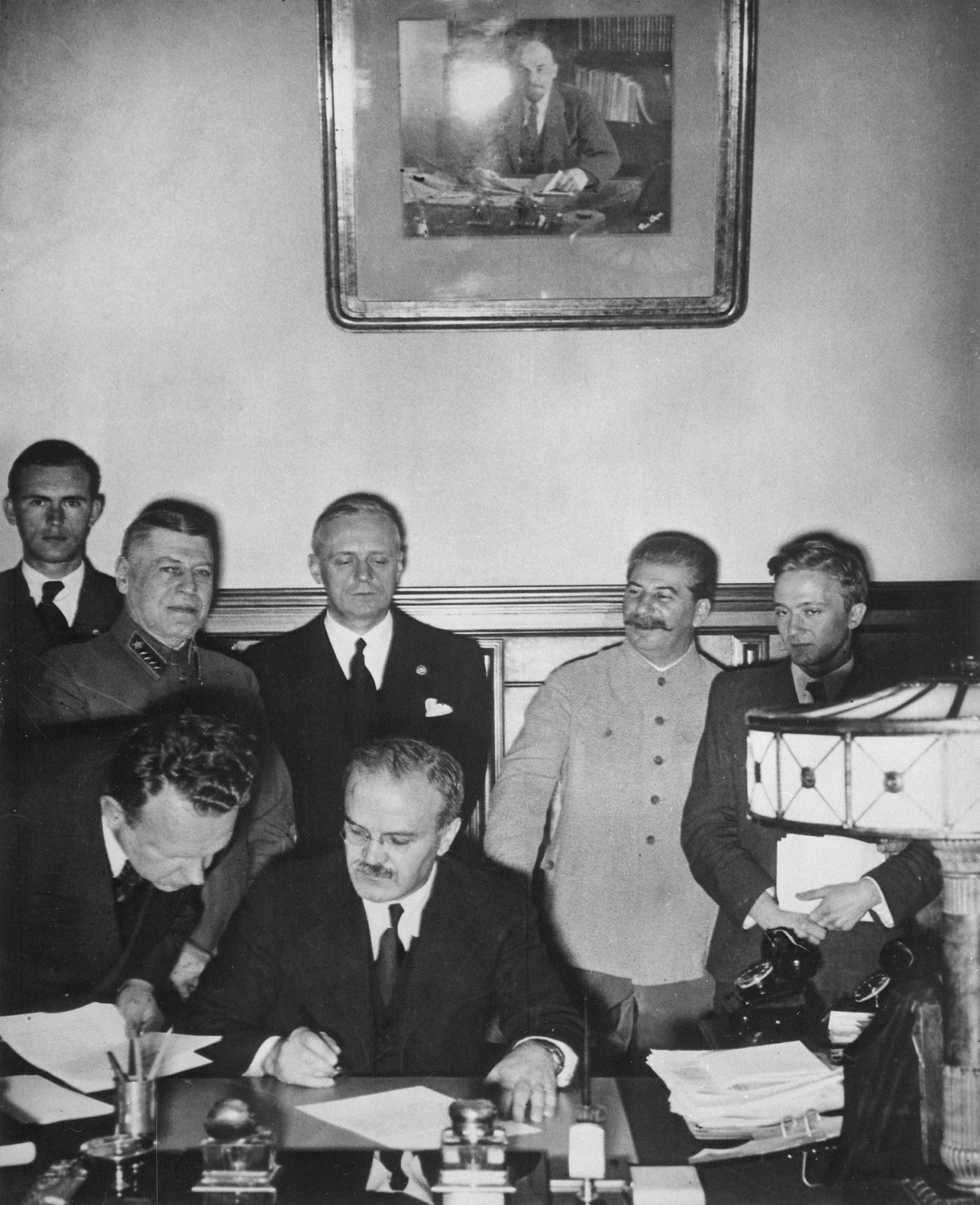 Signature du pacte germano-soviétique